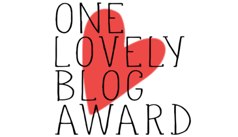 premio blogs. One Lovely Blog Award. blog de wordpress curiosidades de social media. redes sociales, personal branding, periodismo, marketing online. marta morales castillo periodista social media manager community manager